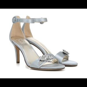Light Blue sandals with jewel detail- Naturalizer